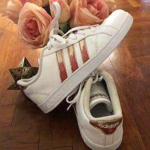 Girls rose gold pink striped adidas size 3